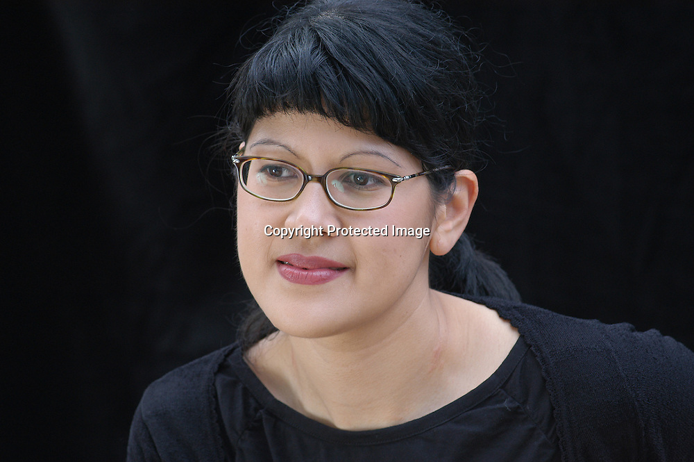 Canadian writer Nancy Lee, author of &quot;Dead Girls&quot; at the Edinburgh International Book Festival 2003.<br /> <br /> Copyright Pascal Saez<br /> Pascal Saez / Writer Pictures