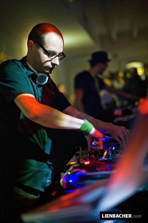 DJ iRoy (Schönswetter)