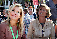THE HAGUE - Dutch Queen Maxima attends one of the launch events of the Work Week in The Hague, September 18, 2014. During the event young job seekers perform network discussions with business managers. COPYRIGHT ROBIN UTRECHT