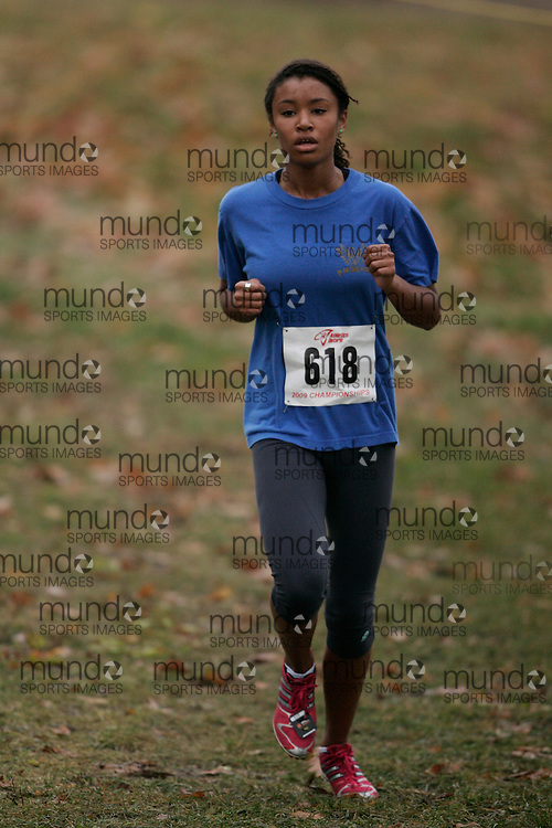 King City, Ontario ---09-11-15--- Cassie Cramer of the Phoenix Athletics competes at the Athletics Ontario Cross Country Championships in King City, Ontario, November 16, 2009..GEOFF ROBINS Mundo Sport Images