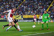 BREDA, NAC Breda - Ajax, voetbal Eredivisie seizoen 2014-2015, 27-09-2014, Rat Verlegh Stadion, Ajax speler Kolbeinn Sigthorsson (L) scoort de 3-0, NAC Breda keeper Jelle ten Rouwelaar (R).