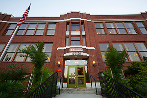 Anderson School Hotel - McMenamins