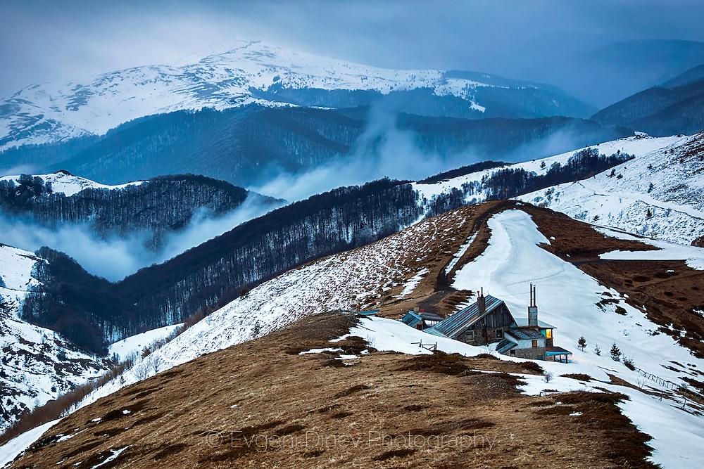 Small lodge in the big mountain