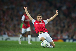 LONDON, ENGLAND - WEDNESDAY, SEPTEMBER 28, 2011: Arsenal's Aaron Ramsey in action against Olympiacos during the UEFA Champions League Group F match at the Emirates Stadium. (Photo by Chris Brunskill/Propaganda)