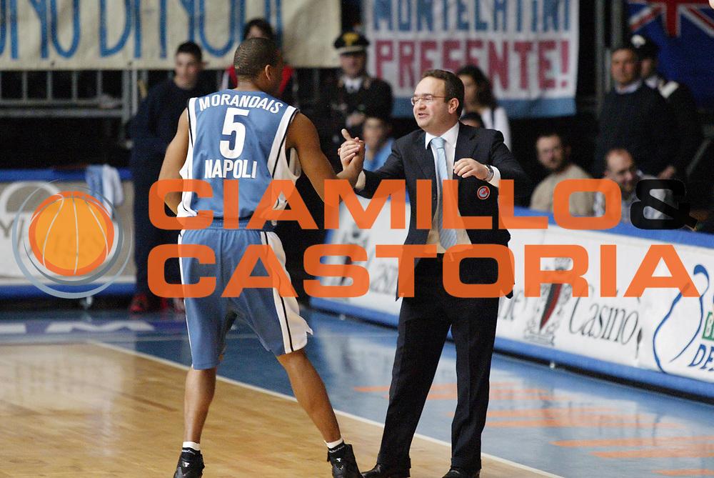 DESCRIZIONE : Cantu Lega A1 2005-06 Vertical Vision Cantu Carpisa Napoli <br /> GIOCATORE : Morandais Sacripanti<br /> SQUADRA : Vertical Vision Cantu Carpisa Napoli<br /> EVENTO : Campionato Lega A1 2005-2006 <br /> GARA : Vertical Vision Cantu Carpisa Napoli <br /> DATA : 11/05/2006 <br /> CATEGORIA : <br /> SPORT : Pallacanestro <br /> AUTORE : Agenzia Ciamillo-Castoria/G.Cottini