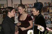 Giaconda Scott, Lady Ella Windsor and Lady Eloise Anson, Book launch of Pretty Things by Liz Goldwyn at Daunt <br />Books, Marylebone High Street. London 30 November 2006.   ONE TIME USE ONLY - DO NOT ARCHIVE  © Copyright Photograph by Dafydd Jones 248 CLAPHAM PARK RD. LONDON SW90PZ.  Tel 020 7733 0108 www.dafjones.com