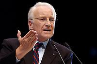12 JAN 2003, BRAUNSCHWEIG/GERMANY:<br /> Edmund Stoiber, CSU, Ministerpraesident Bayern, waehrend seiner Rede, Wahlkampfauftakt der CDU Niedersachsen zur Landtagswahl, Volkswagenhalle<br /> IMAGE: 20030112-01-026<br /> KEYWORDS: Ministerpräsident,speech