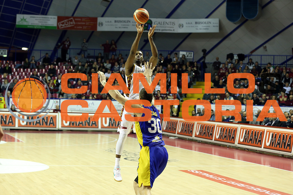 Ejim Melvin<br /> Umana Reyer Venzia vs BK Venspils<br /> Basketball Champions League 2016/2017<br /> Venezia, 22/02/2017<br /> Foto Ciamillo-Castoria/A. Gilardi