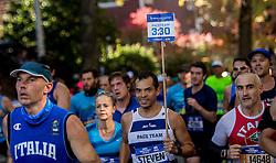 06-11-2016 USA: NYC Marathon We Run 2 Change Diabetes day 3, New York<br /> De dag van de marathon, 42 km en 195 meter door de straten van Staten Island, Brooklyn, Queens, The Bronx en Manhattan / Paceteam 3.30 uur, item