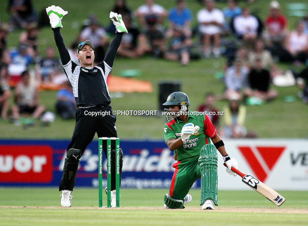 Brendon McCullum appeals for the wicket of Raqibul Hasan.. New Zealand Black Caps v Bangladesh. 1st ODI. McLean Park, Napier. Friday 05 February 2010  Photo: John Cowpland/PHOTOSPORT