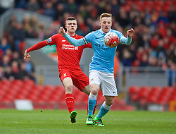 LIVERPOOL, ENGLAND - Sunday, February 7, 2016: Manchester City's George Glendon and Liverpool's Alex O'Hanlon during the Under-21 FA Premier League match at Anfield. (Pic by David Rawcliffe/Propaganda)