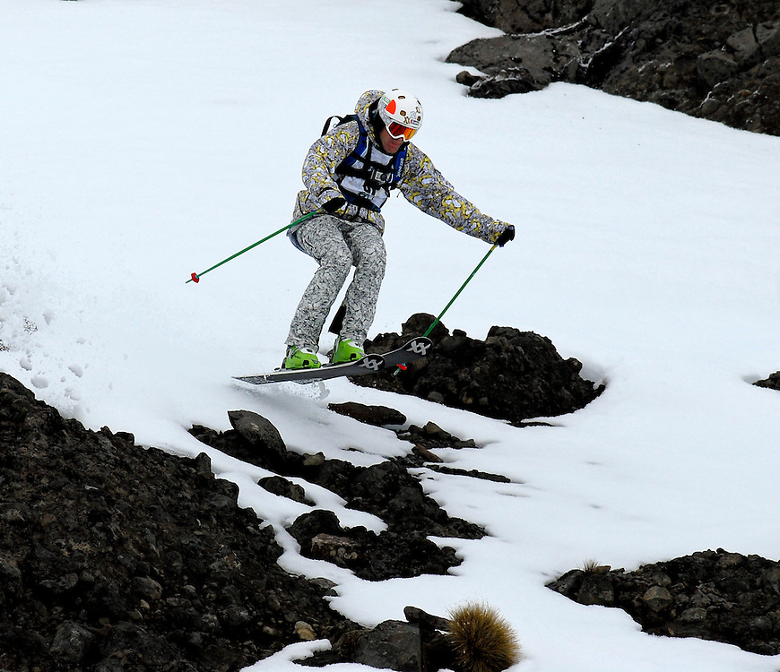 Charlie Lyons, Christchurch, competing in the Export 33 Extreme ski challenge at Whakapapa, Ruapehu, New Zealand, Tuesday, September 6, 2011. Credit:SNPA / Malcolm Pullman.