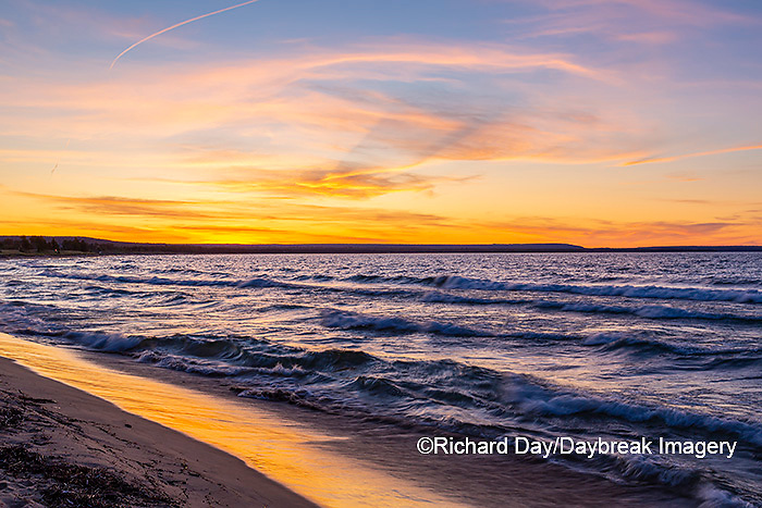 64795-03410 Lake Michigan shore at sunset Alger Co. MI