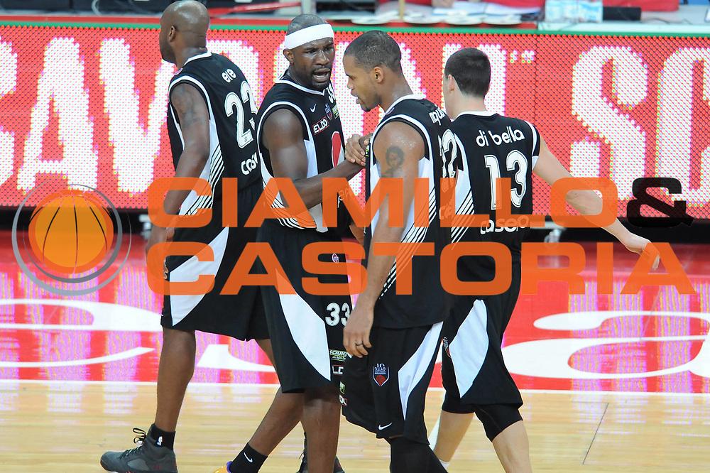 DESCRIZIONE : Pesaro Lega A 2009-10 Scavolini Spar Pesaro Pepsi Caserta<br /> GIOCATORE : Jumaine Jones Team Caserta<br /> SQUADRA : Pepsi Caserta<br /> EVENTO : Campionato Lega A 2009-2010<br /> GARA : Scavolini Spar Pesaro Pepsi Caserta<br /> DATA : 07/03/2010<br /> CATEGORIA : esultanza<br /> SPORT : Pallacanestro<br /> AUTORE : Agenzia Ciamillo-Castoria/M.Marchi<br /> Galleria : Lega Basket A 2009-2010 <br /> Fotonotizia : Pesaro Campionato Italiano Lega A 2009-2010 Scavolini Spar Pesaro Pepsi Caserta<br /> Predefinita :