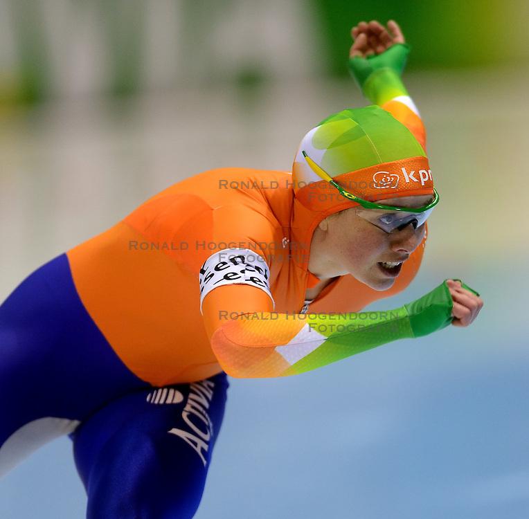 010-03-2013 SCHAATSEN: FINAL ISU WORLD CUP: HEERENVEEN<br /> NED, Speedskating Final World Cup Thialf Heerenveen / Laurine van Riessen<br /> &copy;2013-FotoHoogendoorn.nl