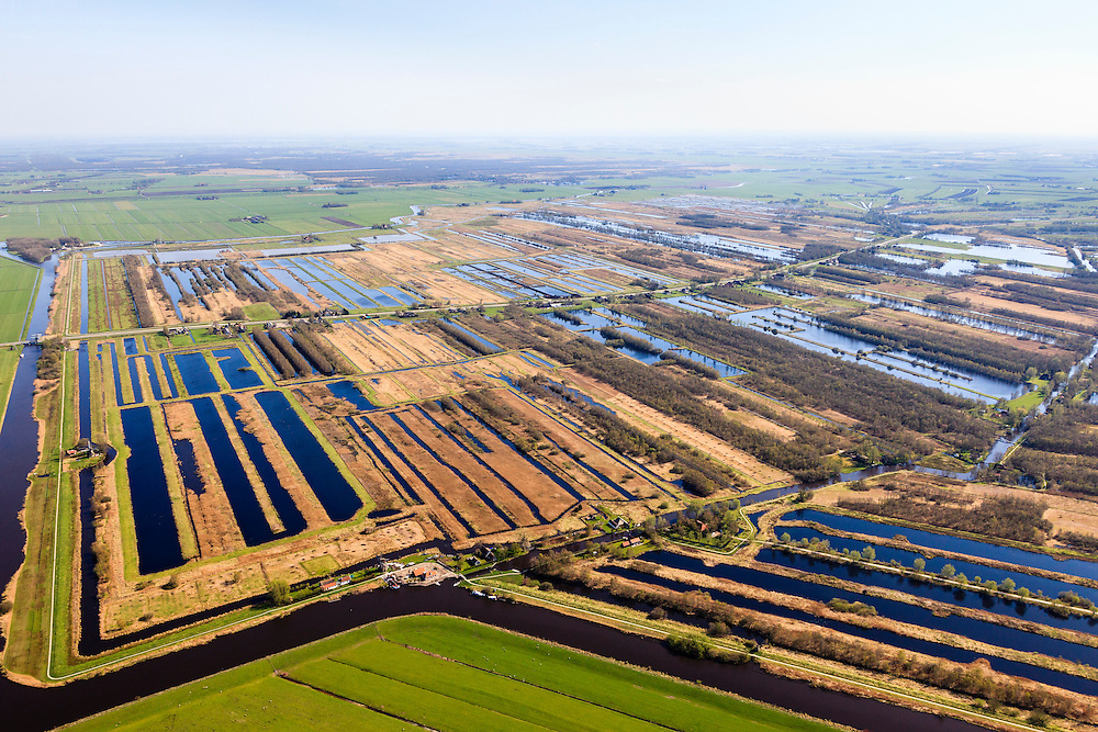 Nederland, Friesland, Weststellingwerf, 01-05-2013; Rottige Meente ten zuidwesten van Wolvega, omgeving Nijetrijne. Het natuurgebied is ontstaan door het afgraven van het veen (voor de productie van turf) en bestaat nu uit laagveenrestanten, vol petgaten en legakkers.<br /> Nature areanear Wolvega, Friesland (North Netherlands) is a former bog meadows area. <br /> luchtfoto (toeslag op standard tarieven)<br /> aerial photo (additional fee required)<br /> copyright foto/photo Siebe Swart
