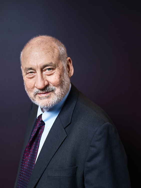 Paris, France. January 30, 2017. Joseph E. Stiglitz, posing after a lunch meeting at the AFD (Agence Française pour le Developpement). Photo: Antoine Doyen