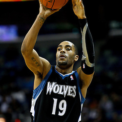 February 7, 2011; New Orleans, LA, USA; Minnesota Timberwolves guard Wayne Ellington (19) against the New Orleans Hornets during the fourth quarter at the New Orleans Arena. The Timberwolves defeated the Hornets 104-92.  Mandatory Credit: Derick E. Hingle