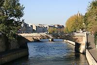 Bridge over River Seine, Paris, France<br />