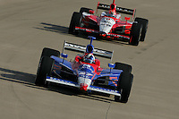 Dario Franchitti and Dan Wheldon at the Nashville Superspeedway, Firestone Indy 200, July 16, 2005
