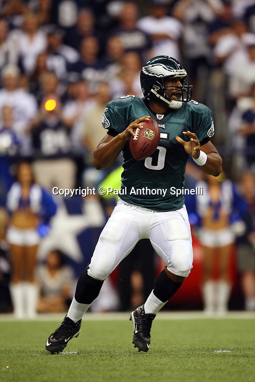 IRVING, TX - SEPTEMBER 15:  Quarterback Donovan McNabb #5 of the Philadelphia Eagles drops back to pass during the game against the Dallas Cowboys at Texas Stadium on September 15, 2008 in Irving, Texas. The Cowboys defeated the Eagles 41-37. ©Paul Anthony Spinelli *** Local Caption *** Donovan McNabb
