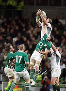 Photo © Colm O'Neill / SECONDS LEFT IMAGES 2010 - South Africa's Victor Matfield and Stephen Ferris of Ireland compete for a high ball - Ireland v South Africa - Guinness Series 2010 - Aviva Stadium - Dublin - Ireland - 06/11/10 - All rights reserved
