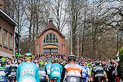 BELGIUM  / BELGIE / BELGIQUE / HARELBEKE / CYCLING / WIELRENNEN / CYCLISME / KLASSIEKER / 59TH RECORD BANK E3 HARELBEKE / UCI WORLD TOUR / UCI WORLDTOUR /  HARELBEKE TO HARELBEKE 206 KM / LA HOUPPE / PELETON / KAPEL /