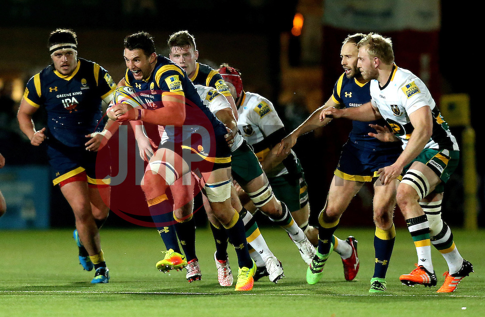 Phil Dowson (c) of Worcester Warriors runs with the ball - Mandatory by-line: Robbie Stephenson/JMP - 18/11/2016 - RUGBY - Sixways Stadium - Worcester, England - Worcester Warriors v Northampton Saints - Aviva Premiership