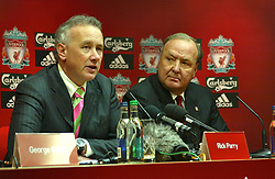 Liverpool, England - Tuesday, February 6th, 2007: Tom Hicks and Chief-Executive Rick Parry,  at a press conference after announcing his take-over of Liverpool Football Club in a deal worth around £470 million. Texan billionaire Hicks, who owns the Dallas Stars ice hockey team and the Texas Rangers baseball team, has teamed up with Montreal Canadiens owner George Gillett to put together a joint £450m package to buy out shareholders, service the club's existing debt and provide funding for the planned new stadium in Stanley Park. (Pic by Dave Kendall/Propaganda)