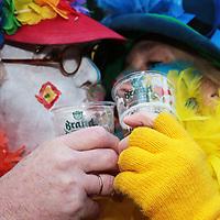 Nederland, Maastricht, 7 februari 2016.<br />Carnaval in Maastricht.<br />Zuid Nederland, Brabant en Limburg staan deze 3 dagen in het teken van Carnaval.<br />Op de foto: Kastelijns moeten dit jaar bier tappen in plastic bekers.<br /><br /><br /><br />Foto: Jean-Pierre Jans