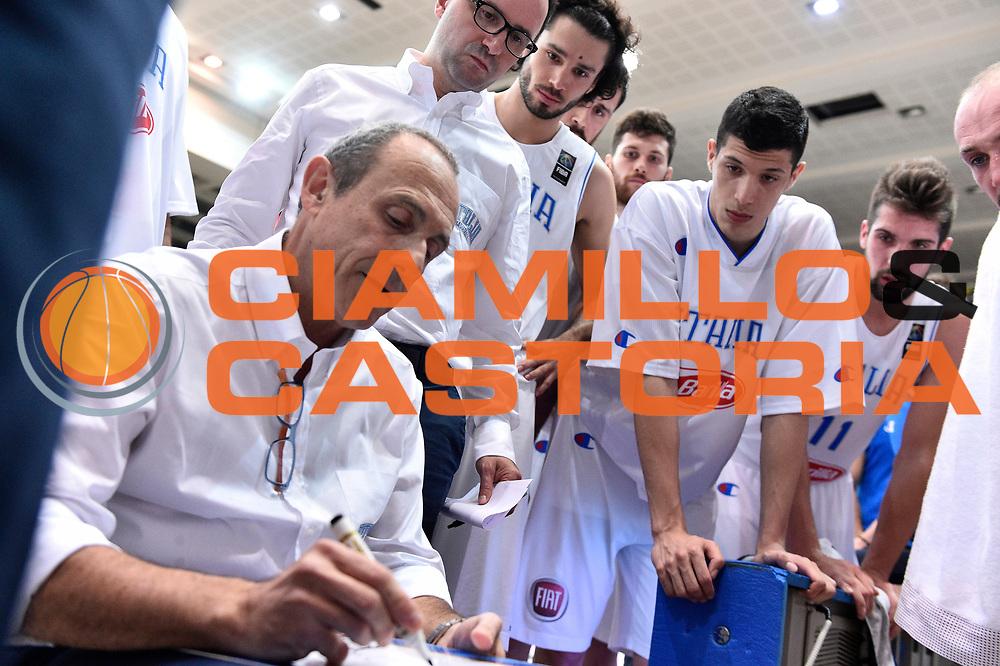 DESCRIZIONE: Trento Trentino Basket Cup - Italia - Repubblica Ceca<br /> GIOCATORE: ETTORE MESSINA<br /> CATEGORIA: Nazionale Maschile Senior<br /> GARA: Trento Trentino Basket Cup - Italia - Repubblica Ceca <br /> DATA: 17/06/2016<br /> AUTORE: Agenzia Ciamillo-Castoria