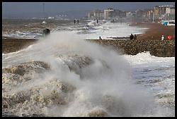 January 3, 2018 - Brighton, United Kingdom - Giant waves crash into the beach in Brighton, Sussex, as Storm Eleanor hits the UK.  (Credit Image: © Stephen Lock/i-Images via ZUMA Press)