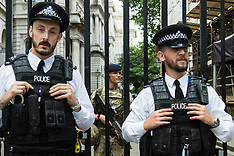 2017-05-24 Armed soldiers join police guarding Downing Street as terror alert raised to critical.