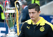 Robert Lewandowski of Dortmund gets in the pitch before the UEFA Champions League Final football match between Borussia Dortmund and Bayern Munich at Wembley Stadium in London on May 25, 2013...England, London, May 25, 2013..Picture also available in RAW (NEF) or TIFF format on special request...For editorial use only. Any commercial or promotional use requires permission...Photo by © Adam Nurkiewicz / Mediasport