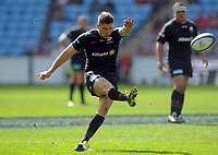 Rugby Union - 2018 / 2019 European Rugby Champions Cup - Semi-final - Saracens vs Munster<br /> <br /> Owen Farrell of Saracens kicks a penalty goal At Allianz Park.<br /> <br /> Colorsport  / Andrew Cowie