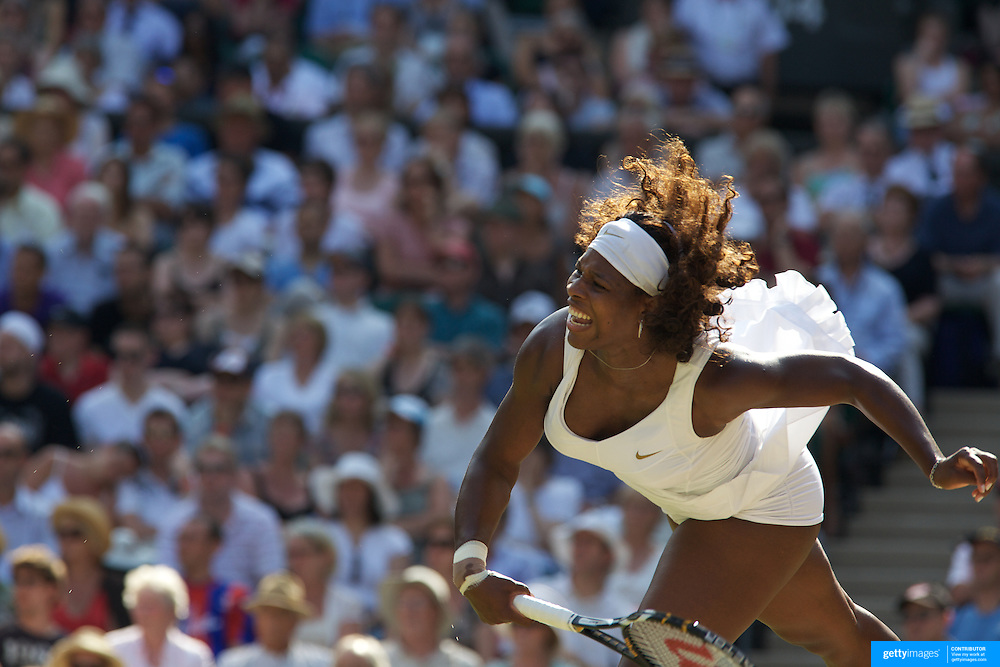 Serena Williams, USA, in action during her victory over Victoria Azarenka, Bulgaria, in the Ladies Singles Quarter Final match at the All England Lawn Tennis Championships at Wimbledon, London, England on Tuesday, June 30, 2009. Photo Tim Clayton.