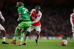 Joel Campbell of Arsenal gets past Ola Toivonen of Sunderland - Mandatory byline: Jason Brown/JMP - 07966386802 - 09/01/2016 - FOOTBALL - Emirates Stadium - London, England - Arsenal v Sunderland - The Emirates FA Cup