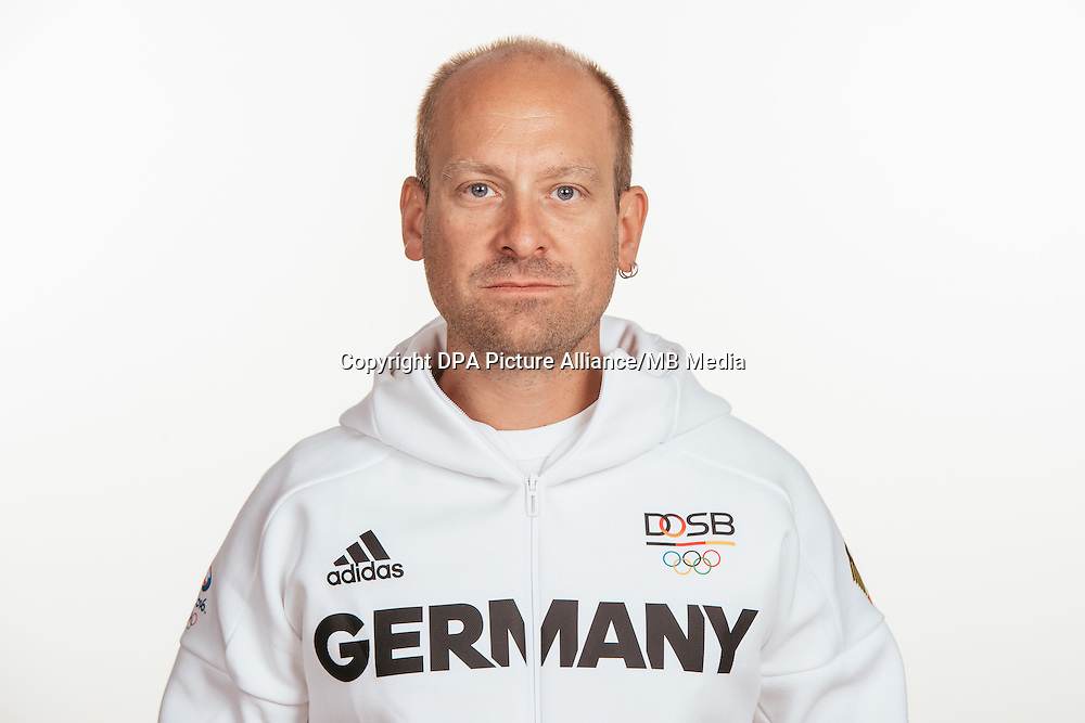 Stephan Borde poses at a photocall during the preparations for the Olympic Games in Rio at the Emmich Cambrai Barracks in Hanover, Germany, taken on 15/07/16 | usage worldwide