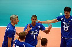 17-05-2013 VOLLEYBAL: BELGIE - NEDERLAND: KORTRIJK<br /> Nederland wint de eerste oefenwedstrijd met 3-0 van Belgie / Nimir Abdelaziz, Rob Bontje, Wytze Kooistra<br /> ©2013-FotoHoogendoorn.nl