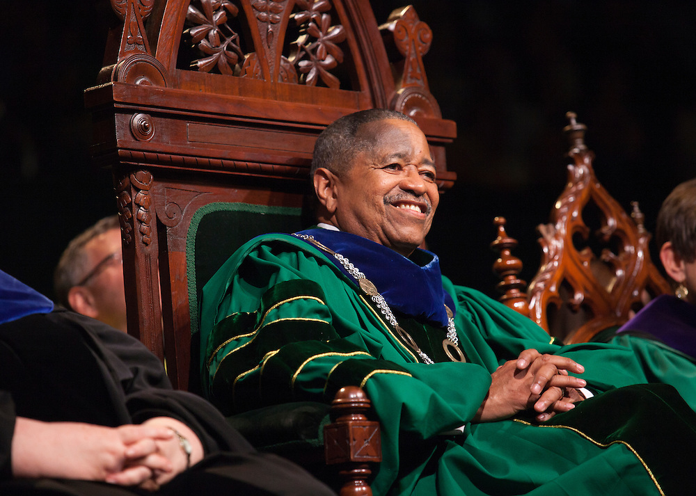 President Roderick McDavis at Undergraduate Commencement ©Ohio University/ Photo by Kaitlin Owens