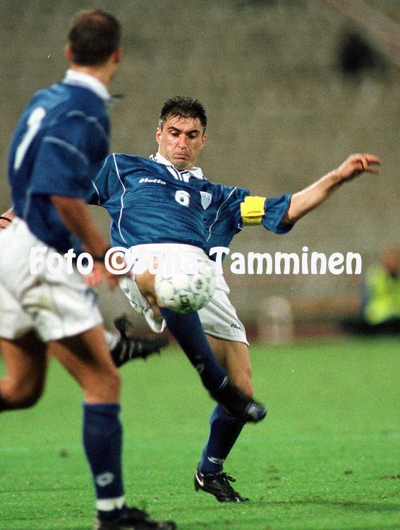 07.10.2000, Olympic Stadium, Athens, Greece. FIFA World Cup Qualifying match, Greece v Finland. Thedoros Zagorakis (GRE)..©JUHA TAMMINEN