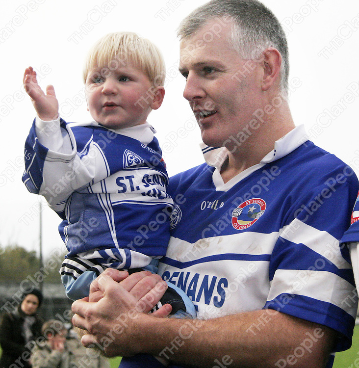 A proud Michael Deloughery with dad Derek after Kilkee beat Kilmurry Ibrickane  in the county football final in Cusack Park on Sunday.<br />