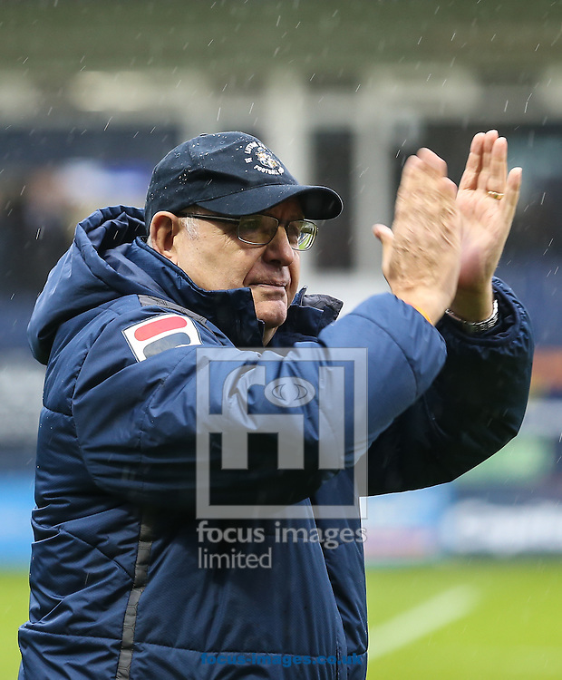 John Still (Manager) of Luton Town during the Sky Bet League 2 match at Kenilworth Road, Luton<br /> Picture by David Horn/Focus Images Ltd +44 7545 970036<br /> 14/11/2015