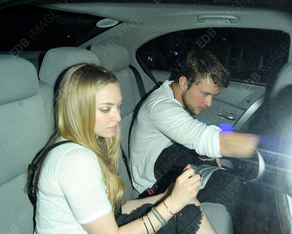 08.APRIL.2011. LONDON<br /> <br /> ACTORS RYAN PHILLIPPE AND AMANDA SEYFRIED LEAVING THE AMIKA NIGHTCLUB IN CENTRAL LONDON<br /> <br /> BYLINE: EDBIMAGEARCHIVE.COM<br /> <br /> *THIS IMAGE IS STRICTLY FOR UK NEWSPAPERS AND MAGAZINES ONLY*<br /> *FOR WORLD WIDE SALES AND WEB USE PLEASE CONTACT EDBIMAGEARCHIVE - 0208 954 5968*
