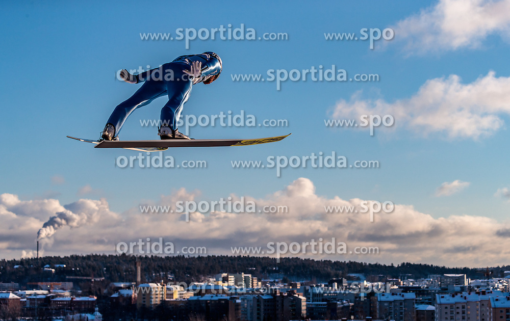 24.02.2017, Lahti, FIN, FIS Weltmeisterschaften Ski Nordisch, Lahti 2017, Nordische Kombination, Skisprung, im Bild Alessandro Pittin (ITA) // Alessandro Pittin of Italy during Skijumping of Nordic Combined competition of FIS Nordic Ski World Championships 2017. Lahti, Finland on 2017/02/24. EXPA Pictures © 2017, PhotoCredit: EXPA/ JFK