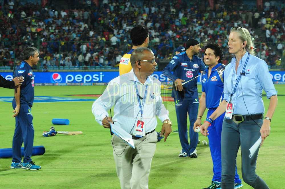IMG staff during match 21 of the Pepsi IPL 2015 (Indian Premier League) between The Delhi Daredevils and The Mumbai Indians held at the Ferozeshah Kotla stadium in Delhi, India on the 23rd April 2015.<br /> <br /> Photo by:  Arjun Panwar / SPORTZPICS / IPL
