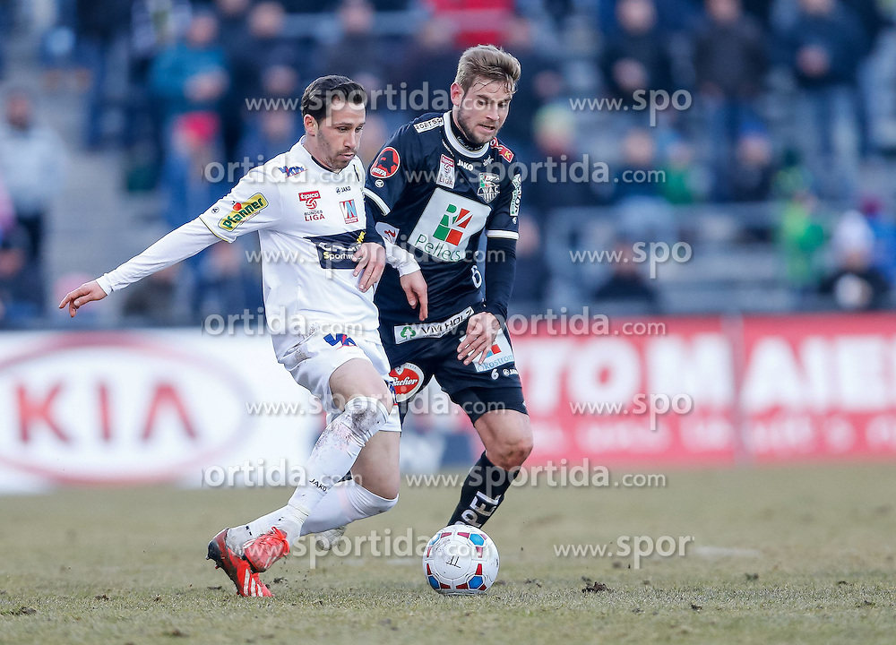 28.02.2015, Cashpoint Arena, Altach, AUT, 1. FBL, SCR Altach vs RZ Pellets WAC, 22. Runde, im Bild Zweikampf zwischen Felix Roth, (SCR Altach, #11) und Manuel Weber, (RZ Pellets WAC, #06)// during Austrian Football Bundesliga Match, 22th round, between SCR Altach vs RZ Pellets WAC at the Cashpoint Arena, Altach, Austria on 2015/02/28. EXPA Pictures © 2015, PhotoCredit: EXPA/ Peter Rinderer