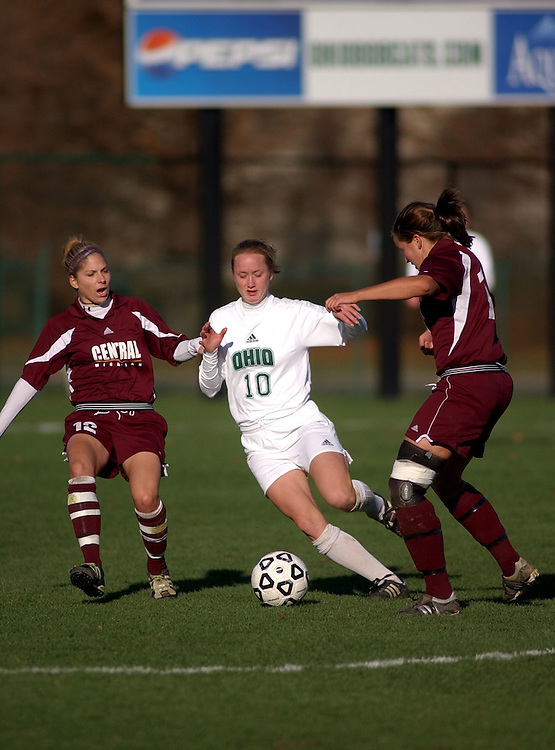 16722Ohio vs. CMU womens soccer 11/5/04: Colby Ware