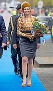 25-4-2015 ZWOLLE - Koning Willem-Alexander en Koningin M&aacute;xima bezoeken op zaterdagmiddag 25 april het festival Lang Leve de Club in Zwolle . COPYRIGHT ROBIN UTRECHT<br /> 25-4-2015 ZWOLLE - King Willem-Alexander and Maxima Queen visits on Saturday April 25th, the festival Long Live Club in Zwolle. COPYRIGHT ROBIN UTRECHT