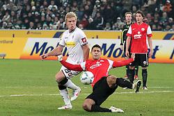 17.12.2011, BorussiaPark, Mönchengladbach, GER, 1.FBL, Borussia Mönchengladbach vs Mainz 05, im BildMike Hanke (Mönchengladbach #19) gegen Malik Fathi (Mainz #18) // uring the 1.FBL, Borussia Mönchengladbach vs Mainz 05 on 2011/12/17, BorussiaPark, Mönchengladbach, Germany. EXPA Pictures © 2011, PhotoCredit: EXPA/ nph/ Mueller..***** ATTENTION - OUT OF GER, CRO *****